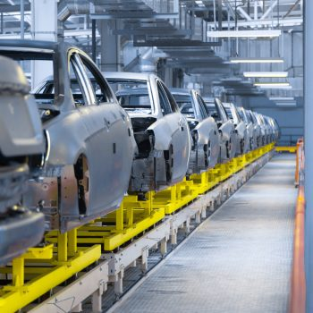 Optimized Strategy, Optimized Operations: The Auto Industry after COVID-19